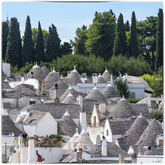 Alberobello (Aeschbacher Hilde) Tags: italien süditalien apulien alberobello trulli
