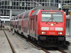 A DB Class 245 TRAXX diesel locomotive, Munich Hauptbahnhof (Steve Hobson) Tags: db munich hauptbahnhof 245 sob südostbayernbahn traxx bombardier