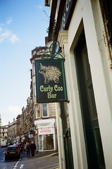Curly Coo Bar (bigalid) Tags: film 35mm olympus af10 super kodak proimage100 june 2019 stirling sign pub