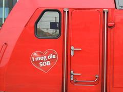 'I love the Südostbayernbahn' (detail from a DB Class 245 TRAXX diesel locomotive, Munich Hauptbahnhof) (Steve Hobson) Tags: munich db hauptbahnhof 245 traxx bombardier sob südostbayernbahn