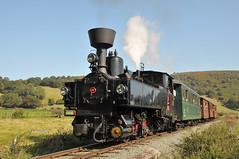 U-Class steam locomotive No. 2 'Zillertal' and its train head for Castle Caereinion on the W&LLR. (Chuffer Haynes) Tags: light linz austria steam locomotive mav zillertal llanfair no2 welshpool uclass railway krauss sylfaen