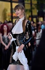 """Fetish Weekend MTL 2019 (claudechl) Tags: """"fetish weekend montréal 2019"""" """"leather fashion show"""" défilé mode cuir mannequin model sexygirl portrait street"""" photography saintecatherine nikon d750 85mm f18 glamour tapis rouge"""