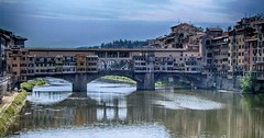 Ponte Vecchio Florence (jo.misere) Tags: firenze florence italie toscane brug bridge arno river rivier water