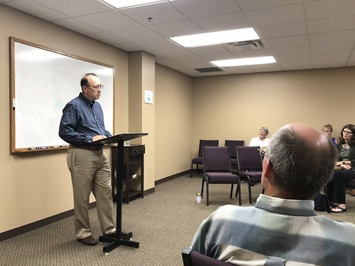 Curt Gruel Presenting at our Sunday Scho by Wesley Fryer, on Flickr