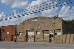 Dallas Scenes 17 09.21.19 (Gene Ellison) Tags: city dallas texas buildings glass steel brick reflections cityscape street photography sky clouds fujifilm provia sooc