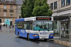 Photo of McGill's of Greenock SF05 LFT (B4465) | Route 10 | Gauze/High St, Paisley