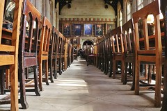 The Great Hall, Christ Church College, Oxford.... (markwilkins64) Tags: christchurchcollege oxford oxforduniversity thehall thegreathall chairs dininghall markwilkins pictures paintings windows harrypotter education learning canon lowpov dof atmospheric historic