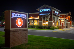 Zaxby's (ezeiza) Tags: oklahoma ok tulsa zaxbys chicken restaurant wings strips fingers fastfood fast food sign night drivethru drivethrough drive thru through building light