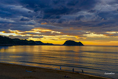 Atardecer de ayer en la playa de Zarautz (eitb.eus) Tags: eitbcom 5963 g154713 tiemponaturaleza tiempon2019 anochecer gipuzkoa zarautz lorentxoportularrumeazcue