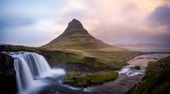 Kirkjufell(sfoss) (Christoph Wenzel) Tags: manuell herbst sonyalpha6000 urlaub island samyang12mmf20 berg panorama natur landschaft grundarfjörður vesturland