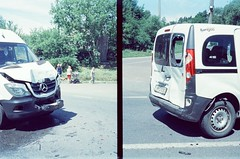 offside2019. denyshi. (Yaroslav F.) Tags: car crash denyshi halfframe half frame street photo 35mm kodak vision 3 500t ecn2 process diptych zhytomyr дениші compact camera yaroslav futymskyi accident wreck
