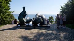 Sea View (Håkan Dahlström) Tags: 2019 humlebæk modern art danmark denmark louisiana museum people sea statue krogerup capitalregionofdenmark f32 xt1 landscape cropped 0ev aperturprioritet 201908241124362 raw 18mm iso200 ¹⁄₁₉₀₀sek xf1855mmf284rlmois fujifilmxt1