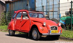 Citroën 2CV 1986 (Wouter Bregman) Tags: pk28pp citroën 2cv 1986 citroën2cv 2pk eend geit deuche deudeuche 2cv6 red rood rouge vlietskade arkel nederland holland netherlands paysbas vintage old classic french car auto automobile voiture ancienne française france frankrijk vehicle outdoor