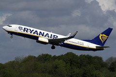EI-DPX Ryanair Boeing 737-8AS(WL) at Manchester Airport on 12 May 2019 (Zone 49 Photography) Tags: aircraft airliner aeroplane may 2019 manchester england ringway airport man egcc fr ryr ryanair boeing 737 738 800 8as wl eidpx