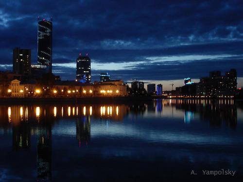 Сумерки на Городском пруду ©  ayampolsky