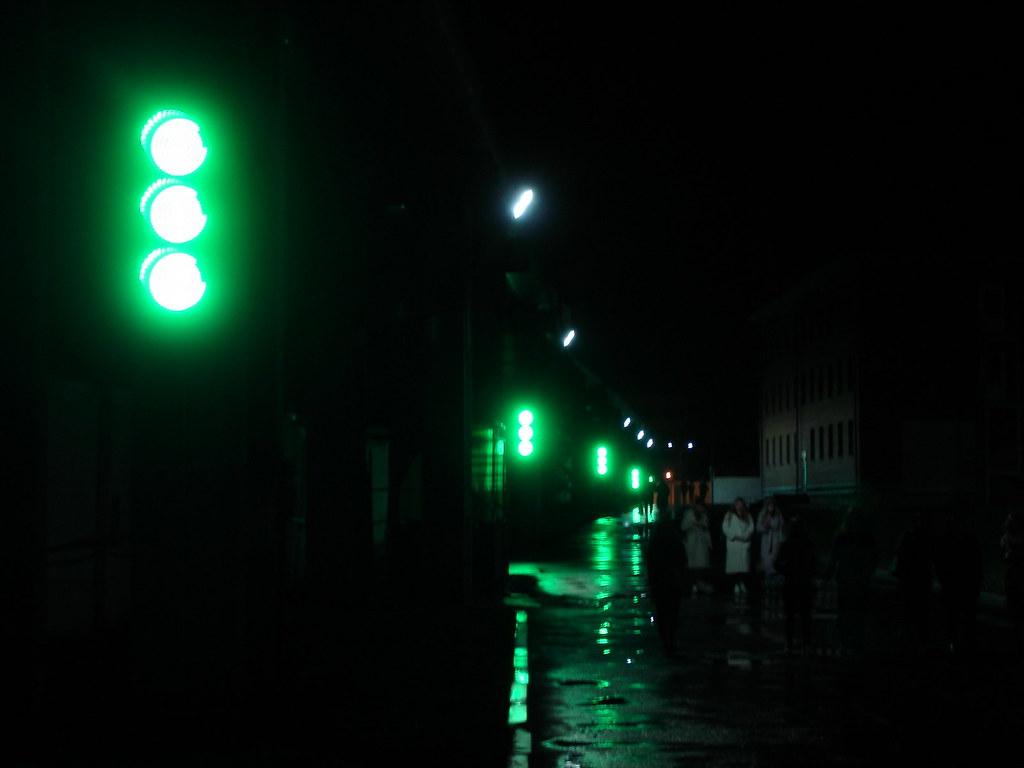 фото: Светофоры под дождём