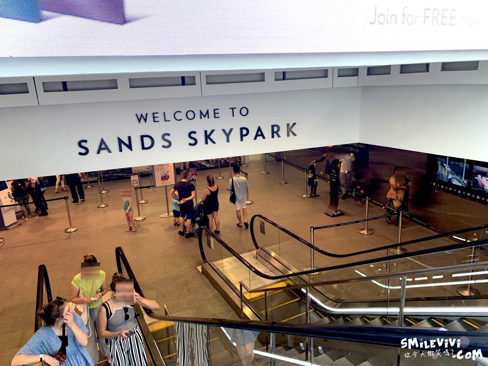 新加坡∥濱海灣金沙購物中心(THE SHOPPES AT MARINA BAY SANDS)賭場購物秀一次享受! 29 48774748807 696bbbb04a o
