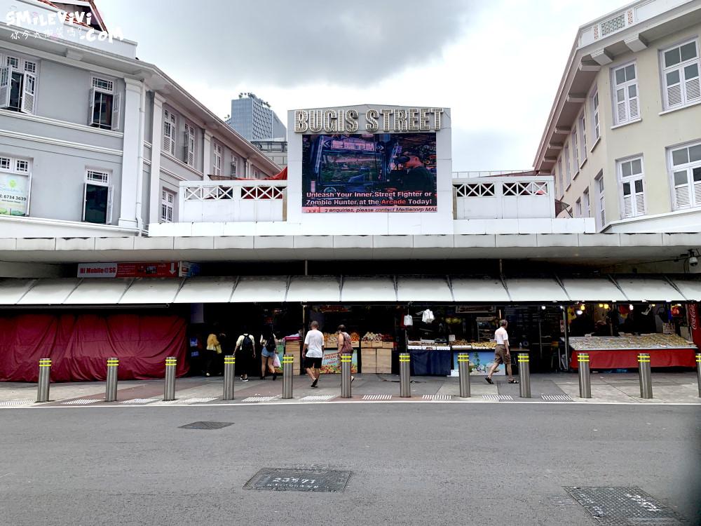 新加坡∥武吉士街Bugis Street各式各樣紀念品、小吃聚集夜市風味十足不夜城 10 48774772662 60b71d2c20 o