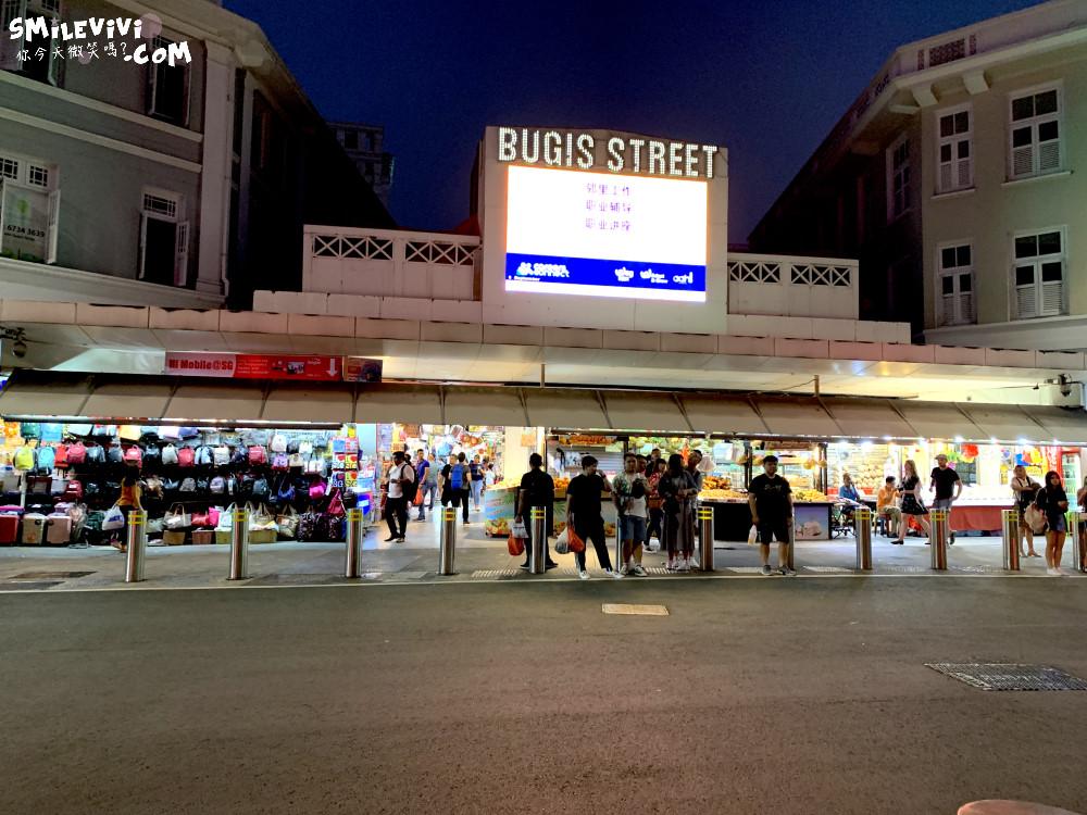 新加坡∥武吉士街Bugis Street各式各樣紀念品、小吃聚集夜市風味十足不夜城 13 48774772852 128eae4ec5 o