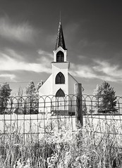 Pentax 645n / Rollei Infrared 400. (Fistfulofpowder) Tags: hoyar72 pentax645n rolleiinfrared 120mm mediumformat alberta church fence sky clouds filmphotography camrosecounty