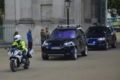 Special Escort Group (S11 AUN) Tags: london metropolitan police bmwr1200rssportse seg special escort group anpr traffic car roads policing unit rpu 999 emergency vehicle metpolice fsu firearms support arv armed response al18seg