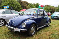 Volkswagen Beetle 1300 73KE525 (Andrew 2.8i) Tags: pembrokeshire haverfordwest scolton manor show automobile auto voiture cars car classics classic german sedan saloon aircooled cooled air vw bug 1300 beetle volkswagen 73ke525