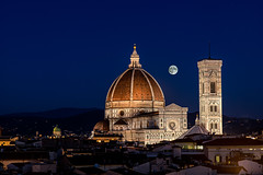 Il Duomo (selvagedavid38) Tags: florence duomo italy architecture dome dusk moon sky city skyline roofs rooftop firenze cathedral bluehour luna tower