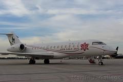B-8196 (Martin J. Gallego. Siempre enredando) Tags: bizjet executive private c bombardier globalexpress b8196