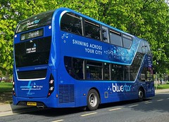 Bluestar 1241 is on Commercial Road while on route 18 to Thornhill via City Centre. - HF68 DYH - 17th April 2019 (Aaron Rhys Knight) Tags: bluestar 1241 hf68dyh 2019 commercialroad southampton hampshire gosouthcoast goahead alexanderdennis enviro400city