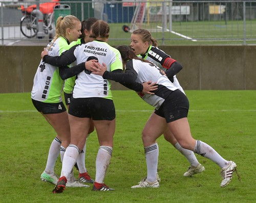 """Jona Final4 Bronce Frauen • <a style=""""font-size:0.8em;"""" href=""""http://www.flickr.com/photos/103259186@N07/48775760833/"""" target=""""_blank"""">View on Flickr</a>"""