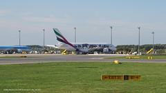 A388_EK216 (LAX-DXB diverted to VIE)_A6-EEQ_1 (VIE-Spotter) Tags: vie vienna airport airplane wien flughafen flugzeug planespotting himmel loww