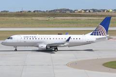 SKW E75L (djrxxs) Tags: cyycyyccalgary embraer embraer175 erj175lr erj170200lr unitedexpress skywestairlines unitedairlines