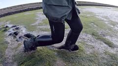 Shlurrp! (essex_mud_explorer) Tags: aigle aiglestart ridingboots boots riding aigleridingboots reitstiefel bottesdéquitation rubberboots gummistiefel rubberlaarzen wellies mud mudflats estuary creek saltmarsh saltmarshes marsh muddy bootsinmud ridingbootsinmud squelch splodge walkinginmud walkingthroughmud