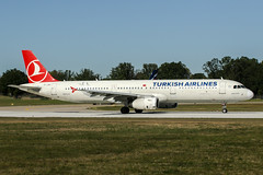 TC-JSC (PlanePixNase) Tags: aircraft airport planespotting haj eddv hannover langenhagen turkish turkishairlines a321 321 airbus