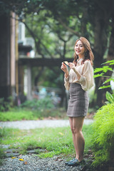 IMG_8554L (攝影玩家-明晏) Tags: 人 人像 戶外 outdoor 美女 辣妹 modle 外拍 台灣大學 饒詩婕 jie portrait pretty taiwan taipei 女生 女孩 smile