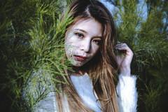 DSC_5432 (toy5233) Tags: green white girl lady beauty light 女孩 美女 光影 綠色 白色 眼神 臉 face eyes