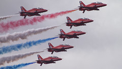 Red Arrows (dvankeu) Tags: airshow red arrows english england royal air force