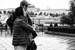 IMG_4788-Bearbeitet (Reinhard-Thomas) Tags: street photography urban prague czech republic eastern europe city travel reportage emotion moment candid photo canon g7x people human humanity