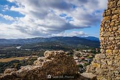 Entre las piedras (SantiMB.Photos) Tags: 2blog 2tumblr 2ig castillo castle ruinas ruins maresme invierno winter geo:lat=4167885773 geo:lon=273483791 geotagged palafolls cataluna españa
