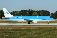 PH-EXH (PlanePixNase) Tags: aircraft airport planespotting haj eddv hannover langenhagen embraer e175 e75 klm cityhopper