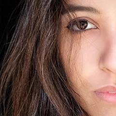 DSCF0879-26 (YouOnFoto) Tags: woman girl meisje vrouw closeup eyes portret portrait color colour kleur intens