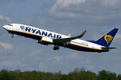 EI-GDD Ryanair Boeing 737-8AS(WL) at Manchester Airport on 12 May 2019 (Zone 49 Photography) Tags: aircraft airliner aeroplane may 2019 manchester england ringway airport man egcc fr ryr ryanair boeing 737 738 800 8as wl eigdd