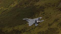 Mach loop LN318 (RD400e) Tags: canon 5dsr ef 300mm f28 mk2 machloop mach loop wales ln318 f15 strikeeagles outdoors handheld fastjets