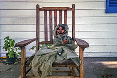 Halloween Ghoul (Bob G. Bell) Tags: halloween ghoul pumplin fall haunted scary chair porch bobbell leica film m4