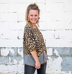 09 20 19 Koti Lindsey (156 of 246) edit (mharbour11) Tags: vickiesgifts fashion leopard koti roscoe harbour