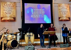 Worship Service with elder Tom Gawlak (9-22-2019) - Closing Hymn (nomad7674) Tags: 2019 20190922 september beacon hill evangelical free church monroe ct connecticut monroect sunday worship service praise praiseandworship praiseworship music musicians musician song hymn psalm spiritual sing singer singing