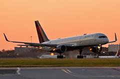 N823DX - 9/20/19 (jrf_aviation) Tags: delta deltaairlines boeing boeing757 boeing757200 b757 b757200 b752 757 757200 katl takeoff sunset orangeglow evening aviationphotography commercialaviation commercialairline airliner