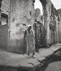 Streets of Havana (IV2K) Tags: havana habana lahabana cuba cubano kuba caribbean mamiya mamiya7 mamiya7ii 7ii mediumformat 120 120film ishootfilm istillshootfilm staybrokeshootfilm