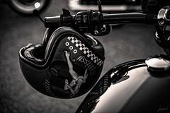 Un vent de liberté (3) (LACPIXEL) Tags: moto motorbike biker bike casque helmet crashhelmet motorcyclist casco vent wind viento liberté libertad freedom route road carretera rue street calle poissy laplainedefrancechapter plainedefrance harley harleydavidson noiretblanc blancoynegro blackwhite sony flickr lacpixel