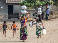 LR Madhya Pradesh 2018-3042070 (hunbille) Tags: birgittemadhyapradesh20184lr india madhya pradesh madhyapradesh janabad village burhanpur working